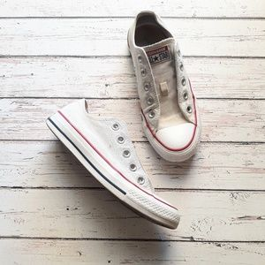CONVERSE Chuck Taylors White Sneakers All Stars 6